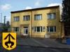 na obrázku fotka budova MěÚ Kravaře na ulici Tyršová 5 v Kraavřích